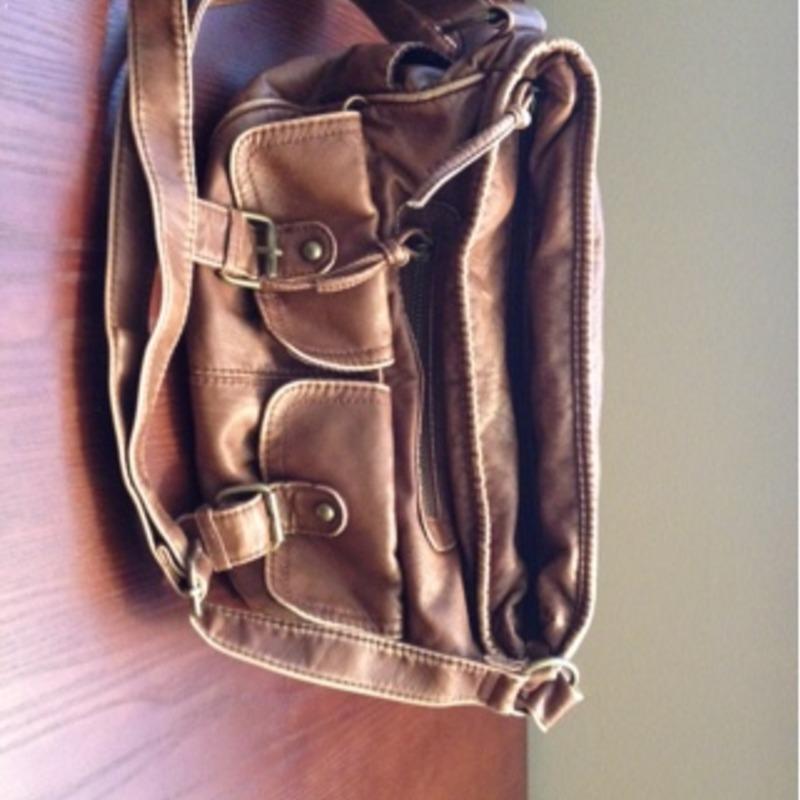 Cross body brown purse
