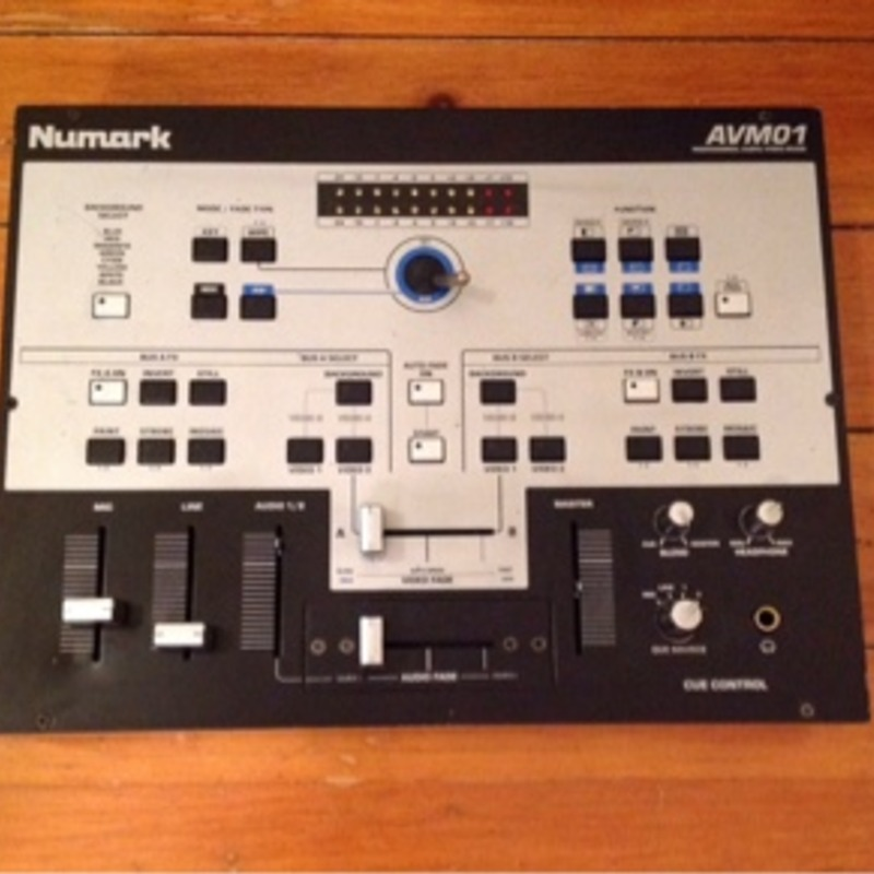 Nuvark DJ Audio Video Mixer AV01