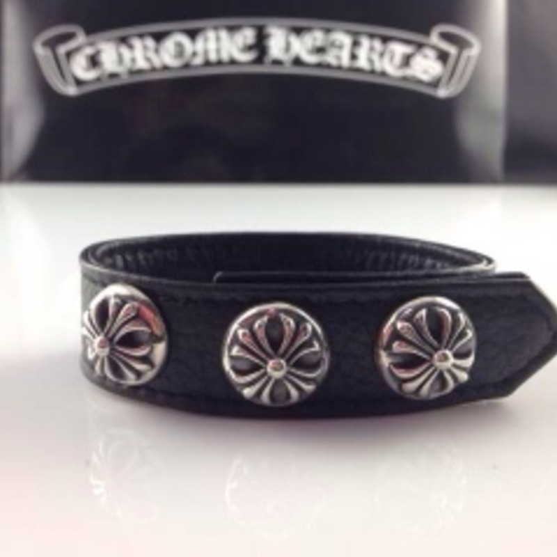 Pre-owned Authentic Chrome Hearts floral black leather bracelet