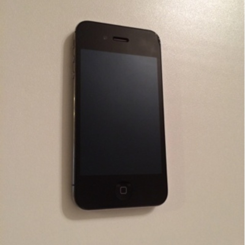 iPhone 4 Verizon Unlocked 8GB
