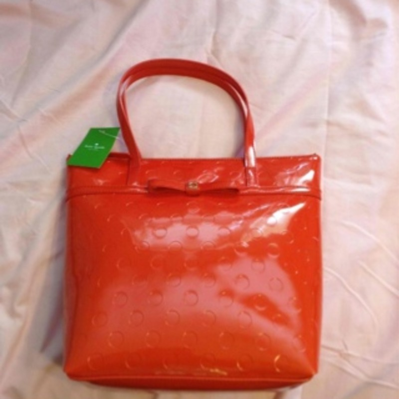 Brand new Kate Spade purse with tags!