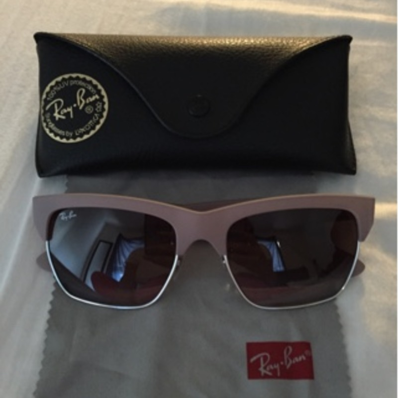 Ray-Bans 57mm