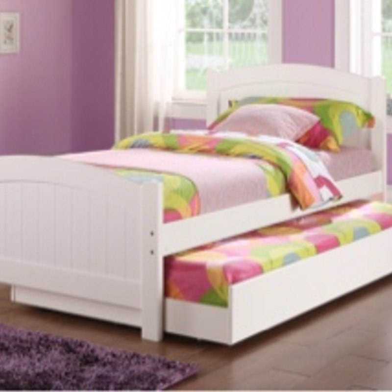 Brand new White Twin/Twin Trundle bed