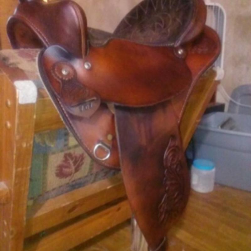 "15"" Western Barrel Saddle"